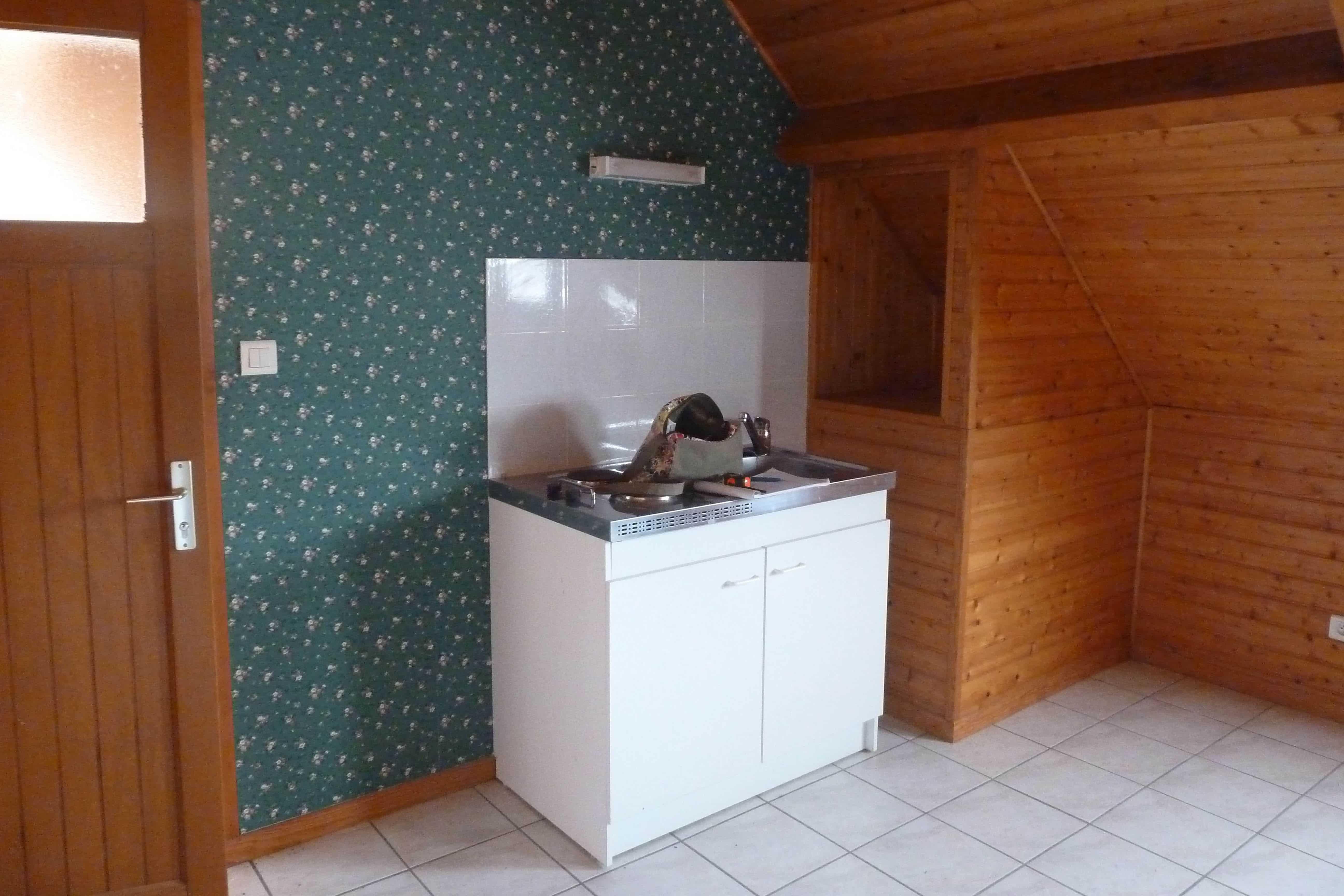kitchenette sur mesure pour studio louer d 39 co pau. Black Bedroom Furniture Sets. Home Design Ideas