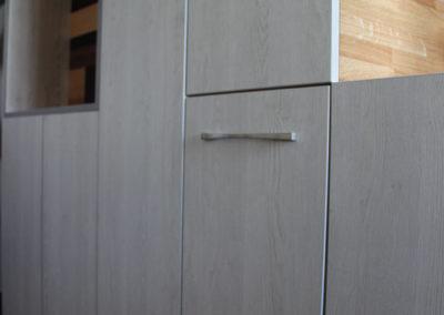Façade-rangement-sous-escalier-deco-pau